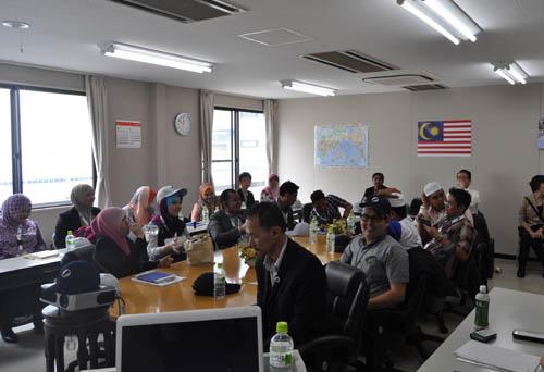 マレーシアの方々が来社されました